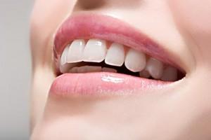 美,从牙开始